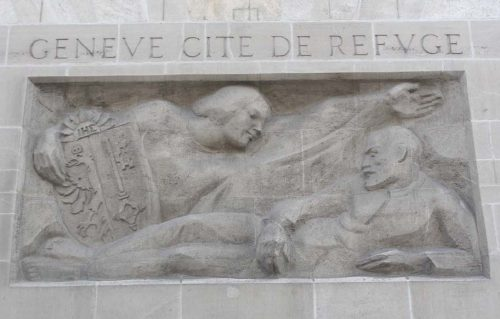 photo bas-relief Genève, cité du refuge